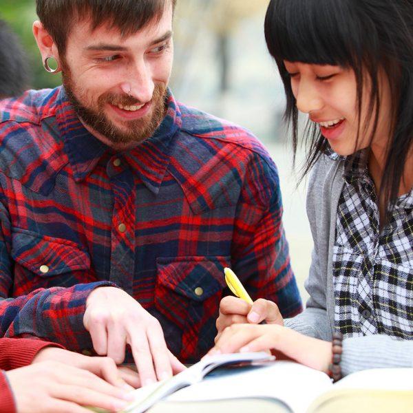 Clases particulares de inglés/ francés/ alemán para niños/ adultos